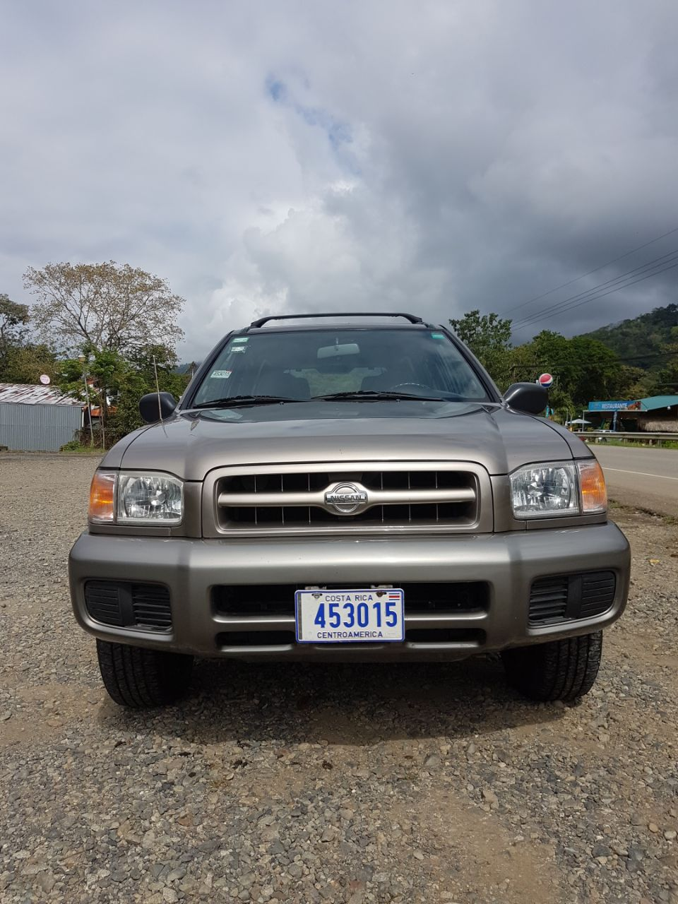 Nissan Pathfinder Bj. 2002, KM 161.000, engine type VG33, 4x4 four-wheel drive, petrol engine 3 liters