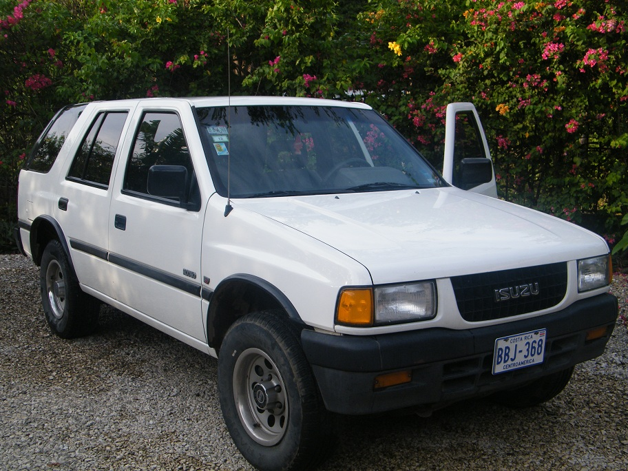 SOLD - Isuzu Rodeo 1994 4x4, 3,200 cc, for sale in perfect condition