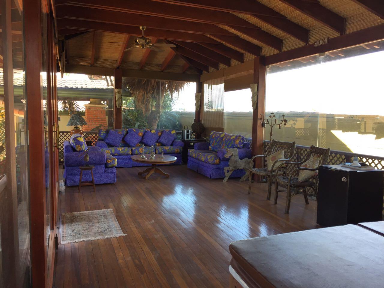 Alquiler casa con piscina en san rafael de escaz bello for Apartamentos alquiler con piscina