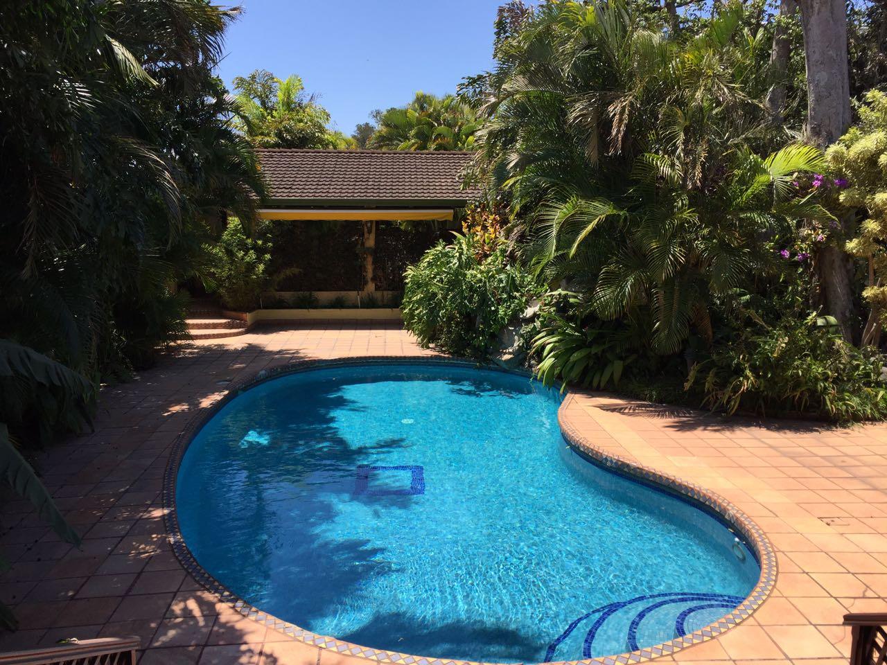 Luxusyachten mit pool  Zu Mieten, Haus mit Pool bei San Rafael de Escazú-Bello Horizonte ...