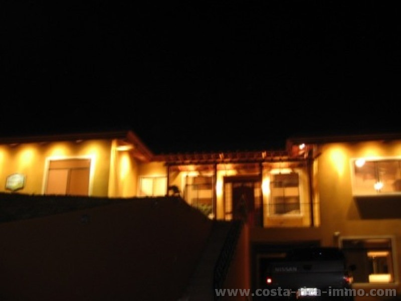 Orotina villa de ensue o con 9 habitaciones piscina vista espectacular cerca de san mateo - Inmobiliaria casa 10 ...