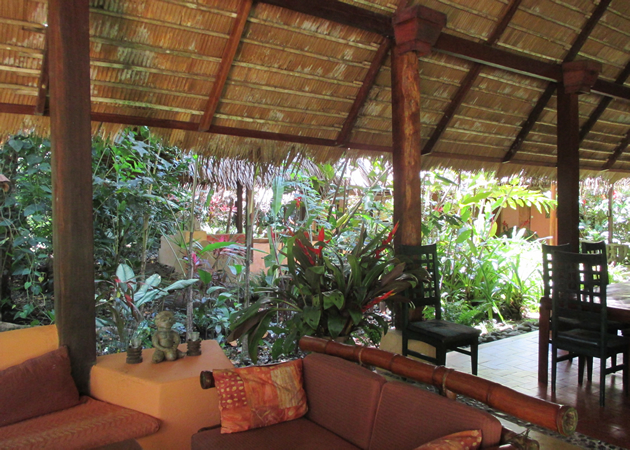 For sale, jungle lodge with 14 tastefully furnished bungalows at Playa Chiquita