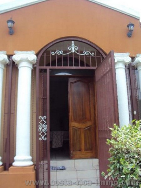 Puertas Para Baño Alajuela: : Casa con 210 m2 en el Coyol de Alajuela – Valle Central, Costa Rica