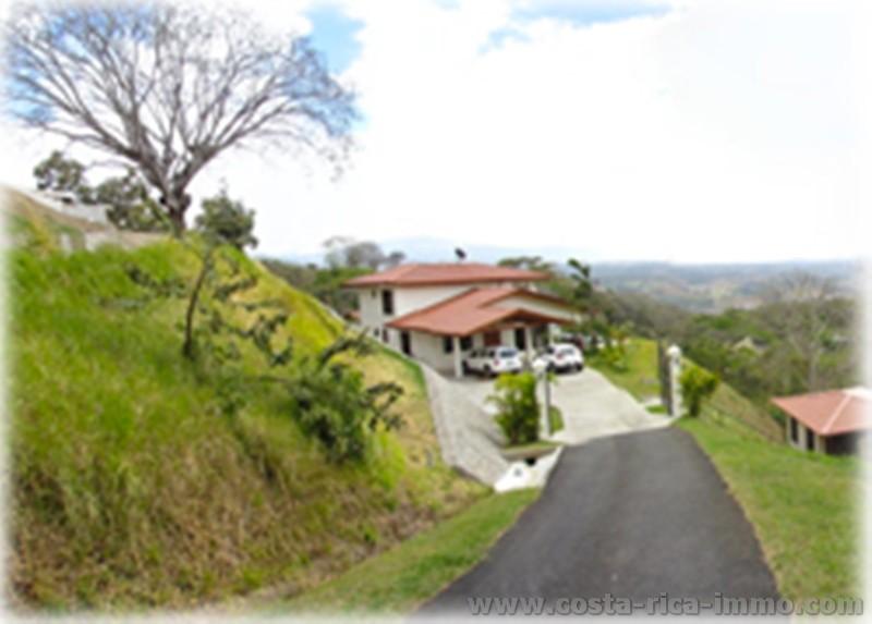 Casa de estilo rom ntico atenas est a la venta con vistas - Casas estilo romantico ...