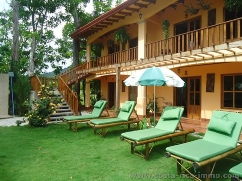 For sale a Green Paradise Hotel in Jaco