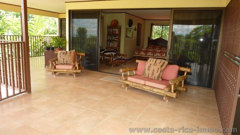 San Isidro, beautiful house overlooking the valley and the mountains, beautiful tropical garden