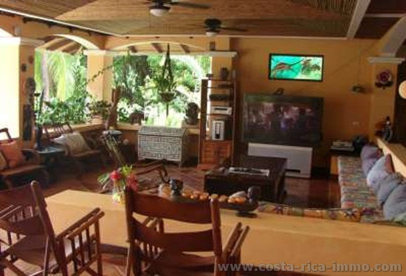 Buy luxury residence, surrounded by a unique paradise in the Golfo Dulce