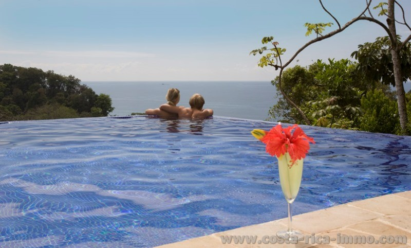 Balinese chic boutique Rainforest Lodge on Costa Rica's southern Pacific coast for sell