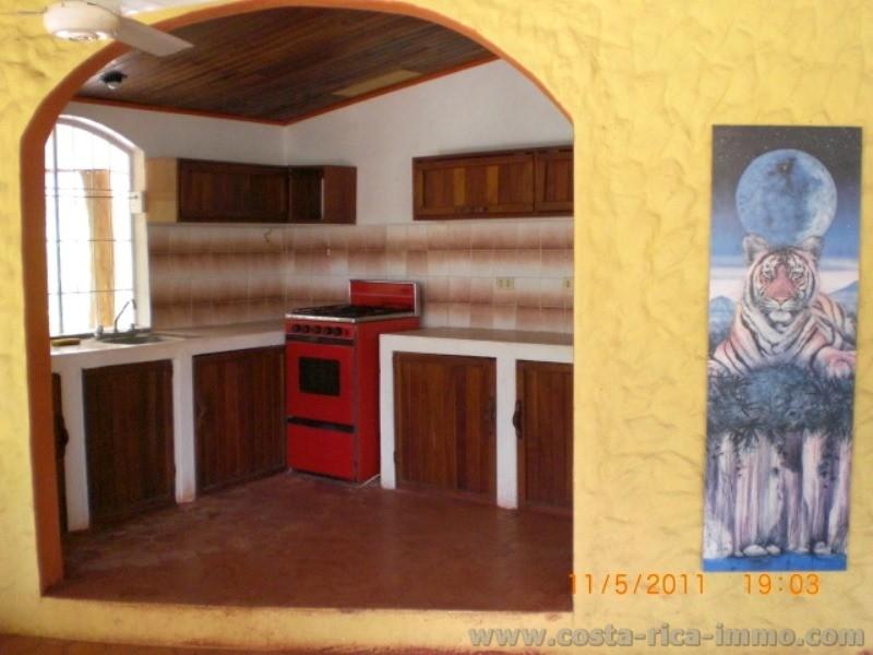 mieten strandhaus mit 220 m2 940 m2 tropischem garten beim sch nen strand conchal pazifik. Black Bedroom Furniture Sets. Home Design Ideas