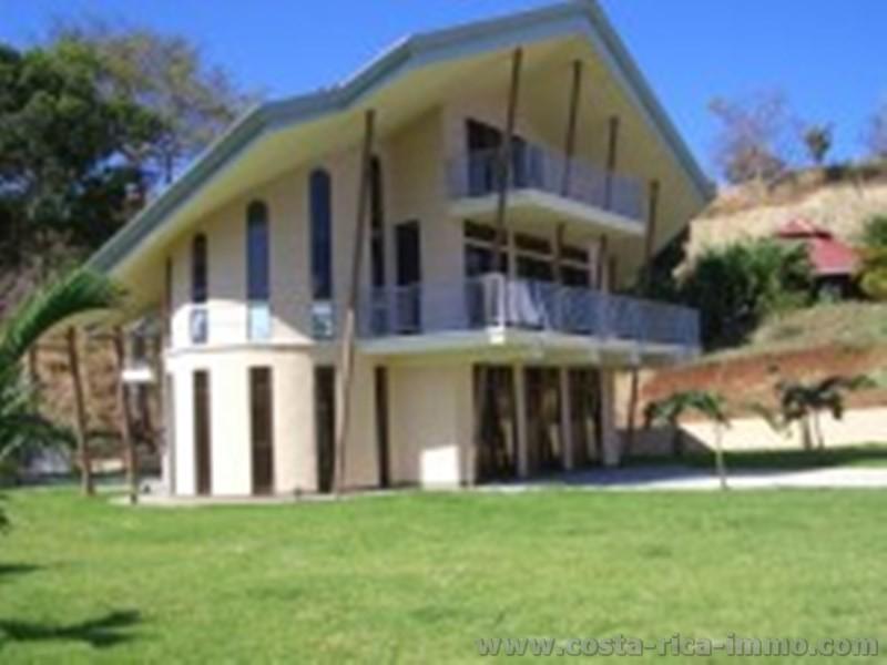 schn ppchen villa mit 360 m2 beim traumstrand playa. Black Bedroom Furniture Sets. Home Design Ideas
