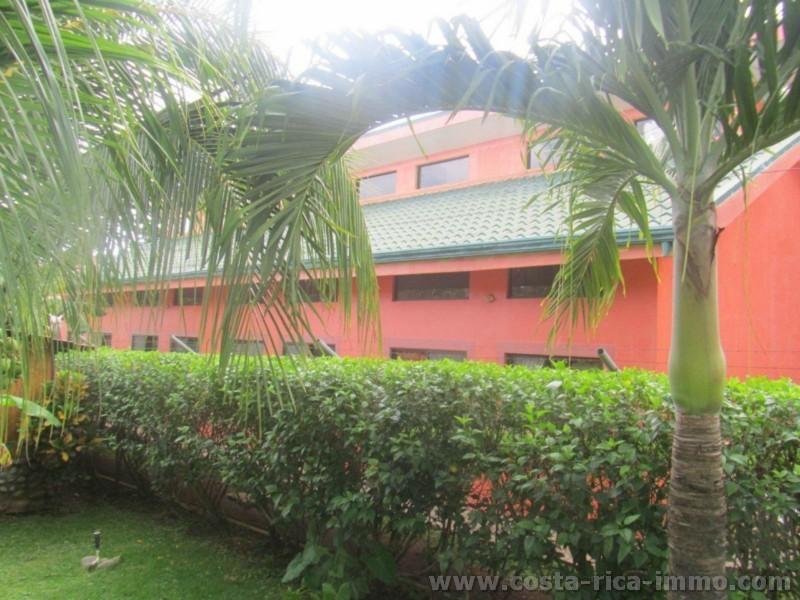 Zu verkaufen - GESCHÄFTSGELEGENHEIT 7 Lofts-Appartements an der Playa del Coco