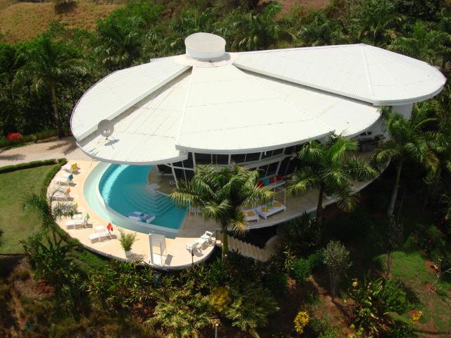 Costa Rica Real Estate, Dream-Glass-Villa for sale at Manuel Antonio