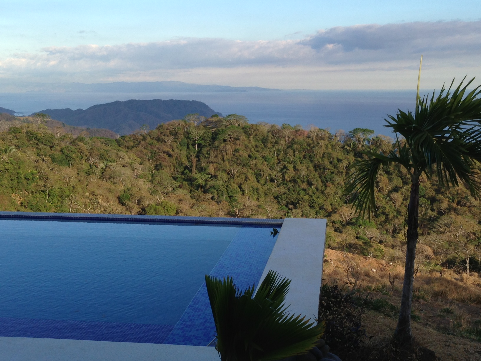 Heavenly life, 83 acre farm with 2 houses, pool, panoramic views, sunsets and much more at Tambor