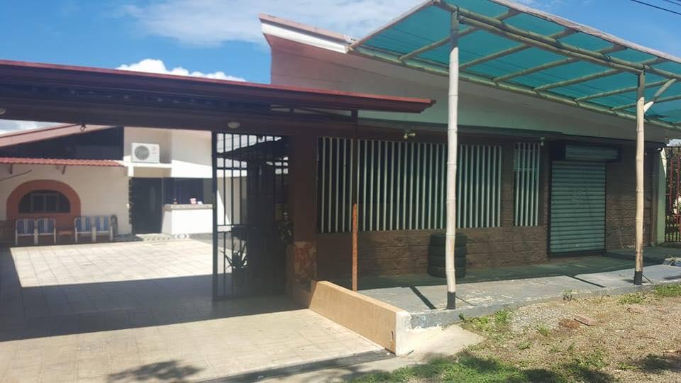 Superior For Sale, 2 Houses, Premises, Garage, 1000 M2 Plot, 5 Min