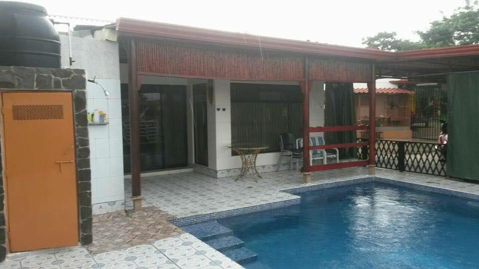 ... For Sale, 2 Houses, Premises, Garage, 1000 M2 Plot, 5 Min ...