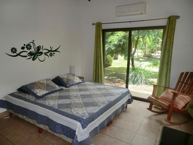 Zu Verkaufen, Schönes Haus Mit Pool U0026 Gästebungalow, Tropischer Garten Mit  Fruchtbäumen, Schöne ...