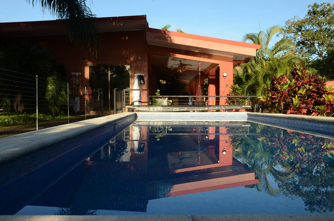 ^ House with Guest House and swimming pool, tropical garden, in the ...