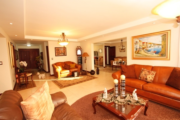 For sale or Rent, Top apartment in Escazú, Bello Horizonte