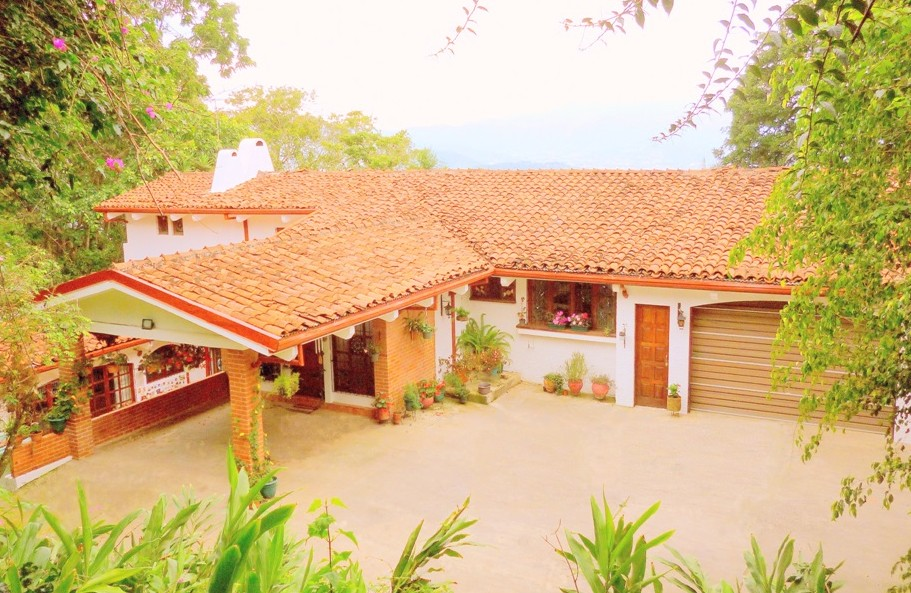 For sale beautiful colonial style villa central valley costa rica proper - Villa style colonial ...