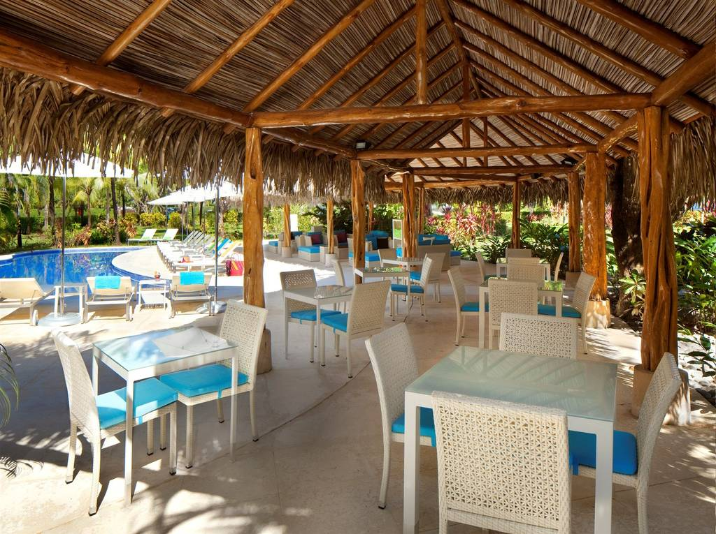 For sale, Club Hotel Boutique facing the sea in Playa Azul