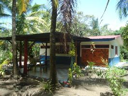 For rent, beach house at Playa Bandera-Parrita