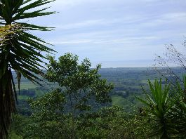 Plot with 1.750 m2 and a beautiful sea view in Parrita