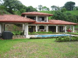 Costa Rica Mansion in Atenas