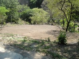 Nice Plot with 7,178 m2, with Riverfront and beautiful views in Athens