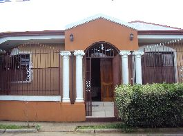 House with 210 m2 in Coyol de Alajuela