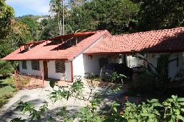 House 310 m2, 6 bedrooms, indoor pool, tropical garden, beautiful view, ideal for a B & B