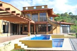 For Rent - This magnificient mexican styled house partially decorated by a french interior designer at Atenas