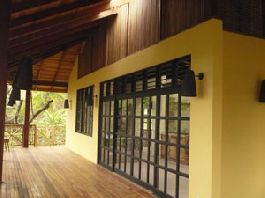 Open-plan Balinese villa, wood and glass construction, exquisite craftmanship throughout