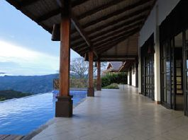 Open-plan, two pavilion Balinese villa, wood and glass construction, exquisite craftmanship throughout