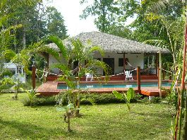 House with pool, guest house, tropical garden with Ojochal