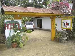 Top offer, little Hotel with Manager, Restaurant and 6 bungalows for sale directly on the beautiful beach Junquillal