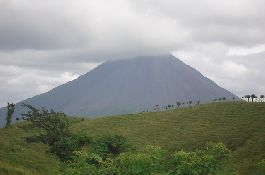 For sale, 10 acre farm (or less), with views of volcanoes, lakes, jungle, mountains at Arenal