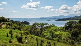 Plot with 9,204 m2 and fantastic view of the Arenal Lake and the volcano
