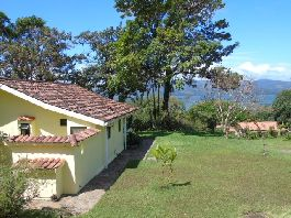 Beautiful Lake View Home with Cottage at Puerto San Luis, Arenal, Tilarán