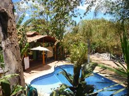 To sell small 6 room lodge Hotel surrounded by nature in Santa Teresa