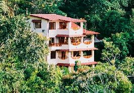 For sale, existence with house and 3 luxury apartments in Manuel Antonio, Quepos