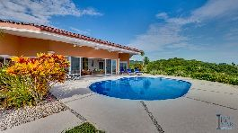 Fantastic villa for sale with a breathtaking view of the Gulf of Nicoya for sale