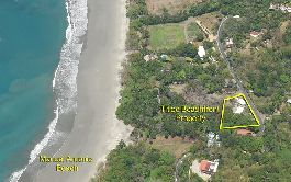 Beach hotel at manuel Antonio for sale