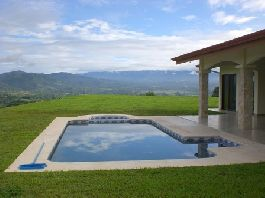 Top new house with $ 1 million view, pool, jacuzzi, sun deck and a 2,500 m2 tropical garden for sale 310 m2