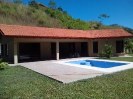 For sale, new house with swimming pool, tropical garden, in the best climate in the world, in Atenas