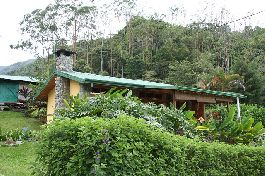 For sale, House with 3 separate Chalets surrounded by pure nature in Orosi