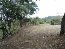For sale, nice building plot with a size of 6,000 m2 at an unobstructed view of the mountains in Atenas