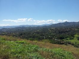 For sale, nice building plot (3,534 m2) with an unobstructed view of the mountains in Atenas