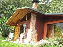 Mountain Eco Lodge For Sale in Costa Rica Highlands Terrace and restaurant