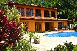 For Sale, House, with beautiful views, pool, terrace, sun deck and a 7000 m2 tropical garden