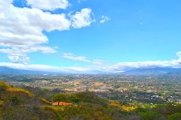 For sale, top plots with an unobstructed view of the central valley and the mountains in Atenas